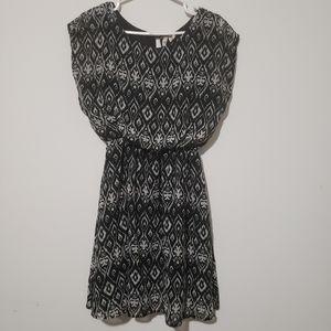 Japna black elastic waist sleeveless size M